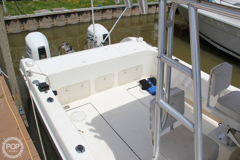 1999 World Cat boat for sale, model of the boat is 266SC & Image # 4 of 40