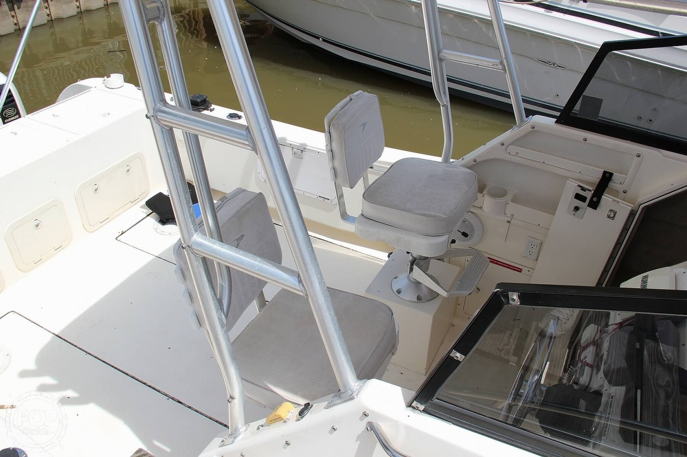1999 World Cat boat for sale, model of the boat is 266SC & Image # 18 of 40