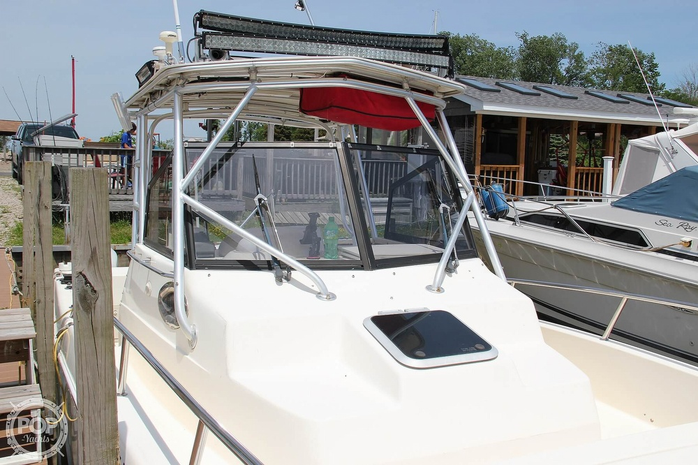 1999 World Cat boat for sale, model of the boat is 266SC & Image # 21 of 40