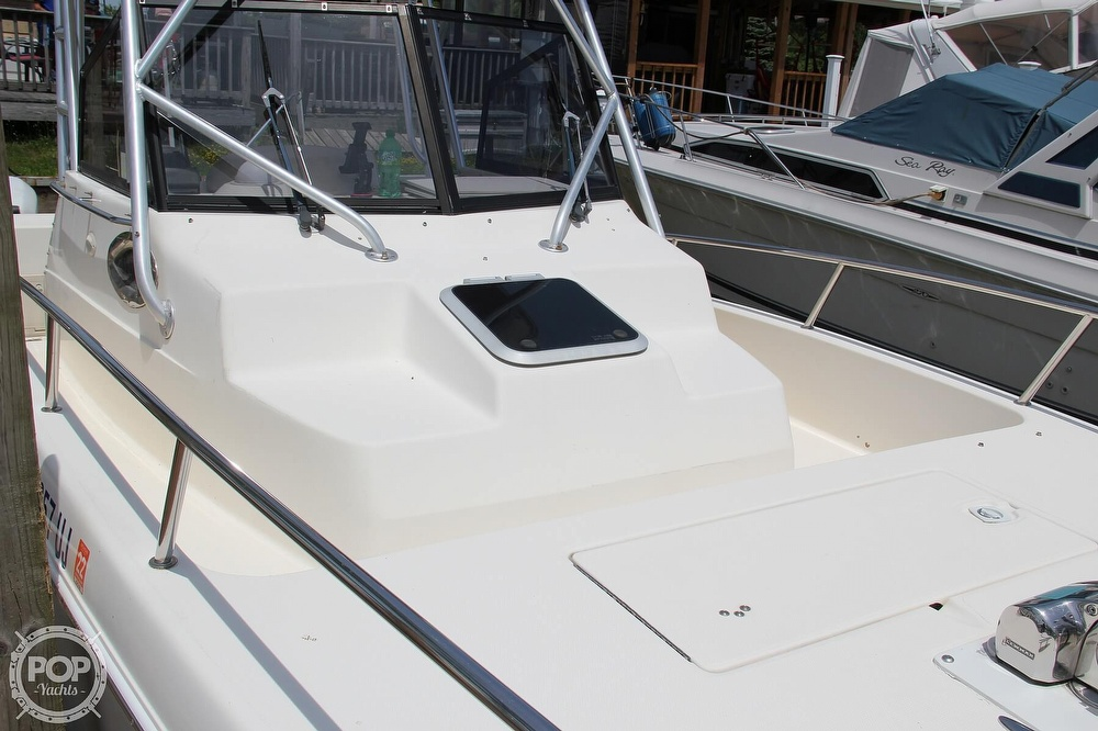 1999 World Cat boat for sale, model of the boat is 266SC & Image # 22 of 40