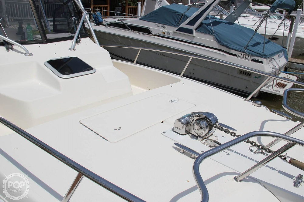1999 World Cat boat for sale, model of the boat is 266SC & Image # 23 of 40