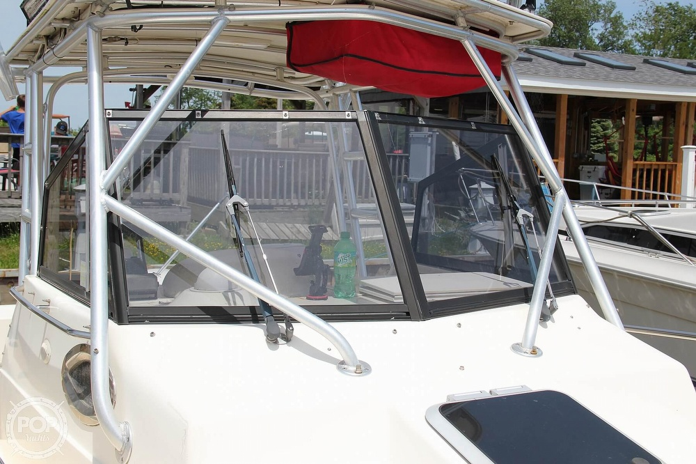 1999 World Cat boat for sale, model of the boat is 266SC & Image # 25 of 40