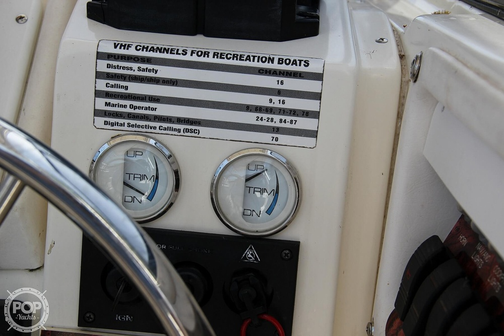 1999 World Cat boat for sale, model of the boat is 266SC & Image # 36 of 40