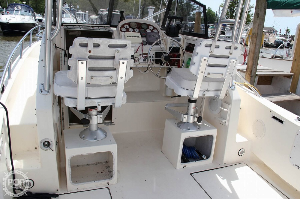 1999 World Cat boat for sale, model of the boat is 266SC & Image # 5 of 40