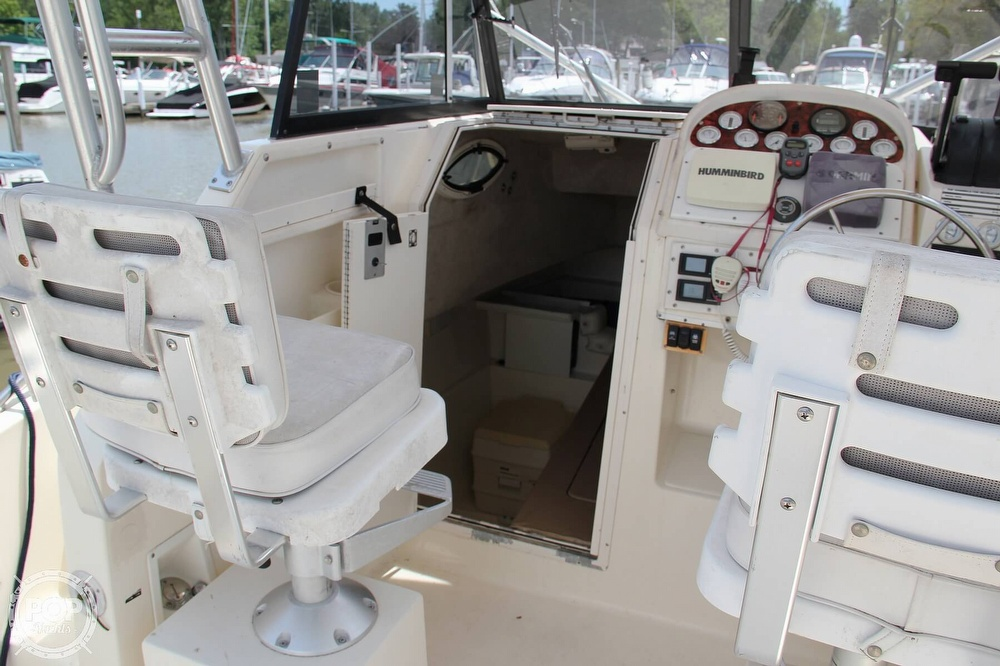 1999 World Cat boat for sale, model of the boat is 266SC & Image # 7 of 40