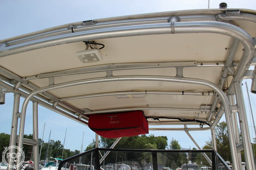 1999 World Cat boat for sale, model of the boat is 266SC & Image # 6 of 40