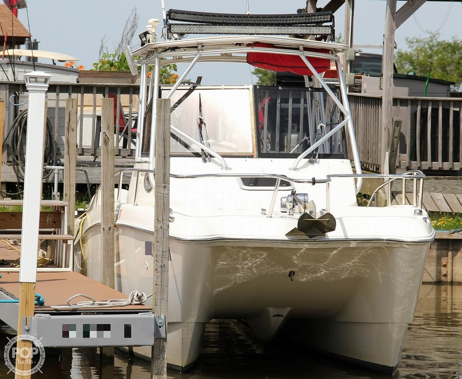 1999 World Cat boat for sale, model of the boat is 266SC & Image # 12 of 40