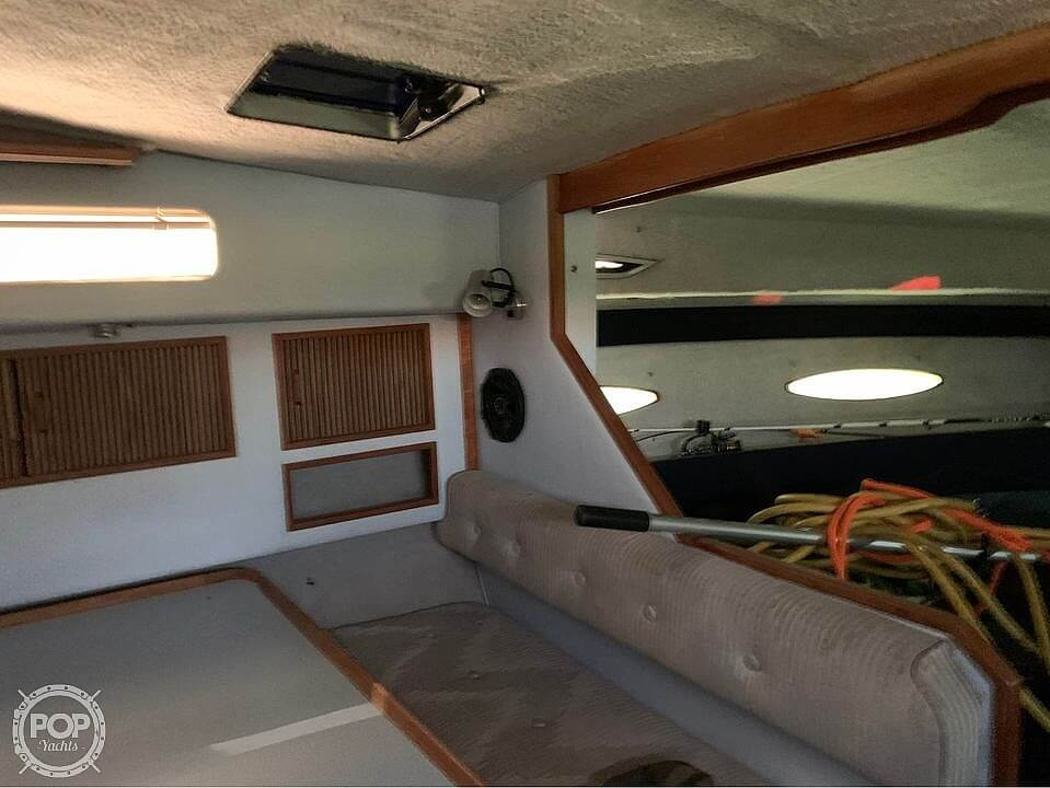 1987 Sea Ray boat for sale, model of the boat is 300 Sundancer & Image # 8 of 19