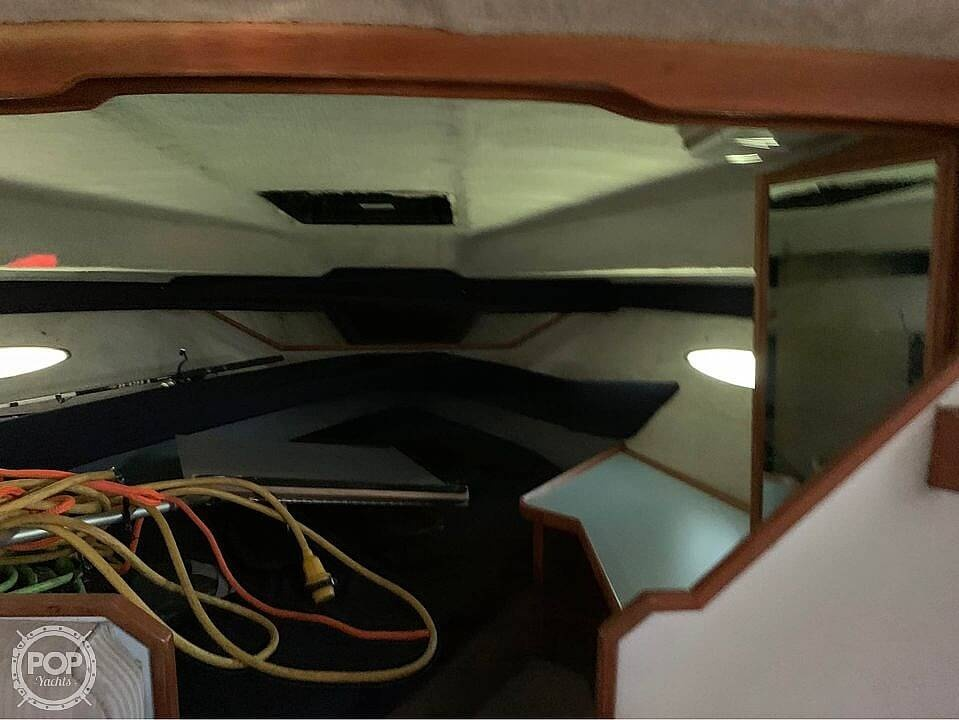 1987 Sea Ray boat for sale, model of the boat is 300 Sundancer & Image # 9 of 19