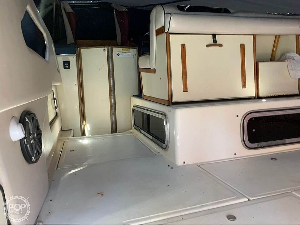 1987 Sea Ray boat for sale, model of the boat is 300 Sundancer & Image # 16 of 19