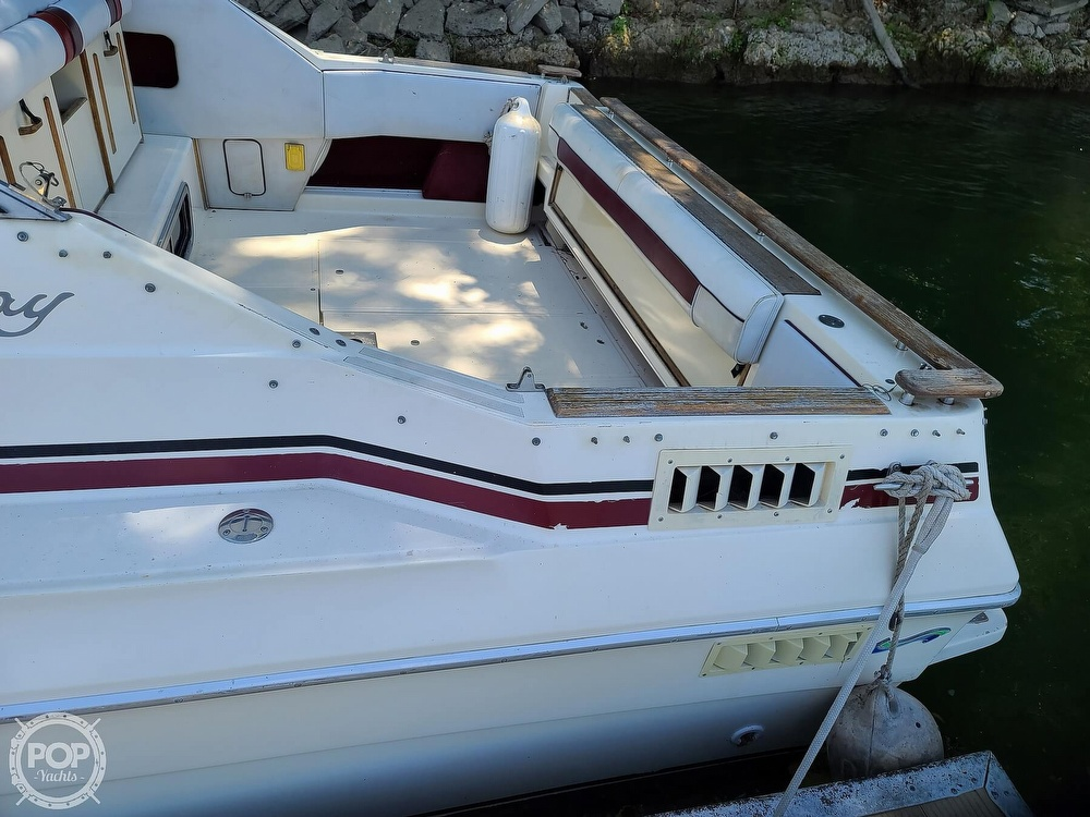1987 Sea Ray boat for sale, model of the boat is 270 & Image # 9 of 40