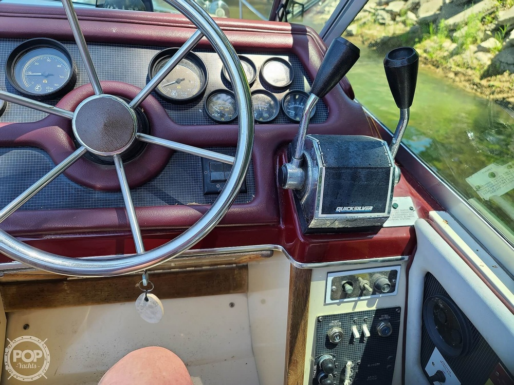 1987 Sea Ray boat for sale, model of the boat is 270 & Image # 15 of 40