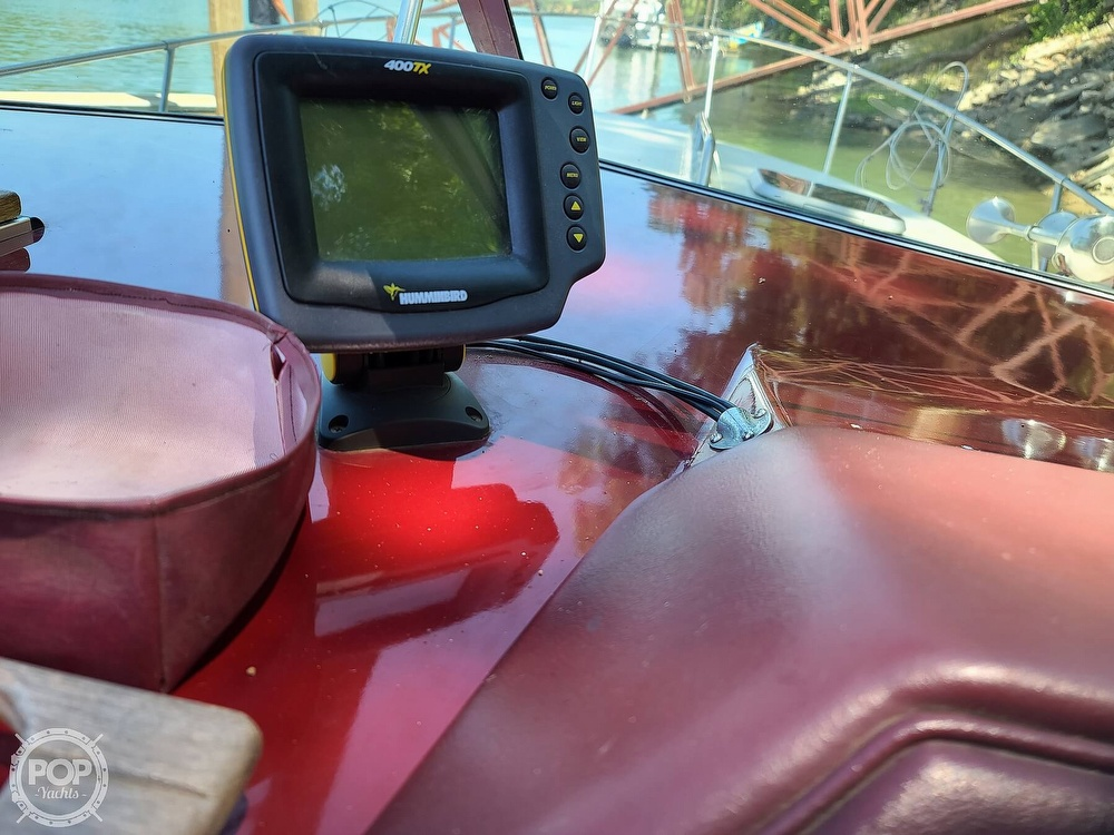 1987 Sea Ray boat for sale, model of the boat is 270 & Image # 21 of 40