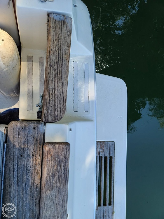 1987 Sea Ray boat for sale, model of the boat is 270 & Image # 27 of 40