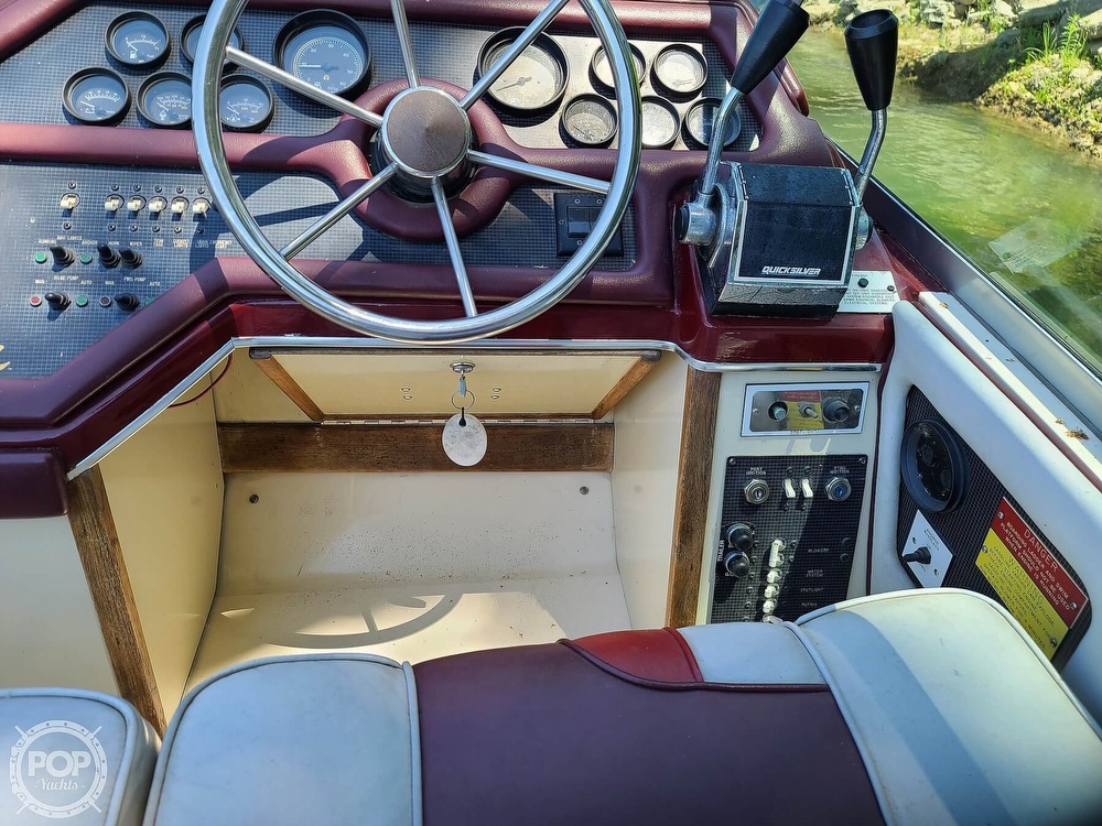 1987 Sea Ray boat for sale, model of the boat is 270 & Image # 31 of 40