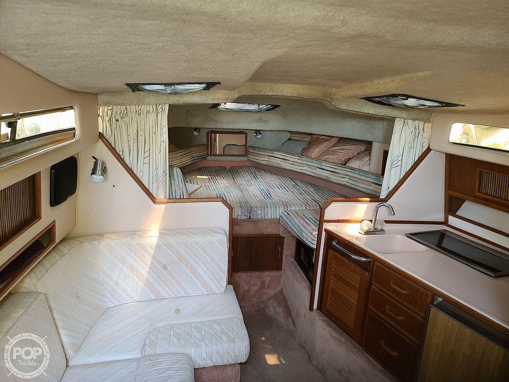 1987 Sea Ray boat for sale, model of the boat is 270 & Image # 32 of 40