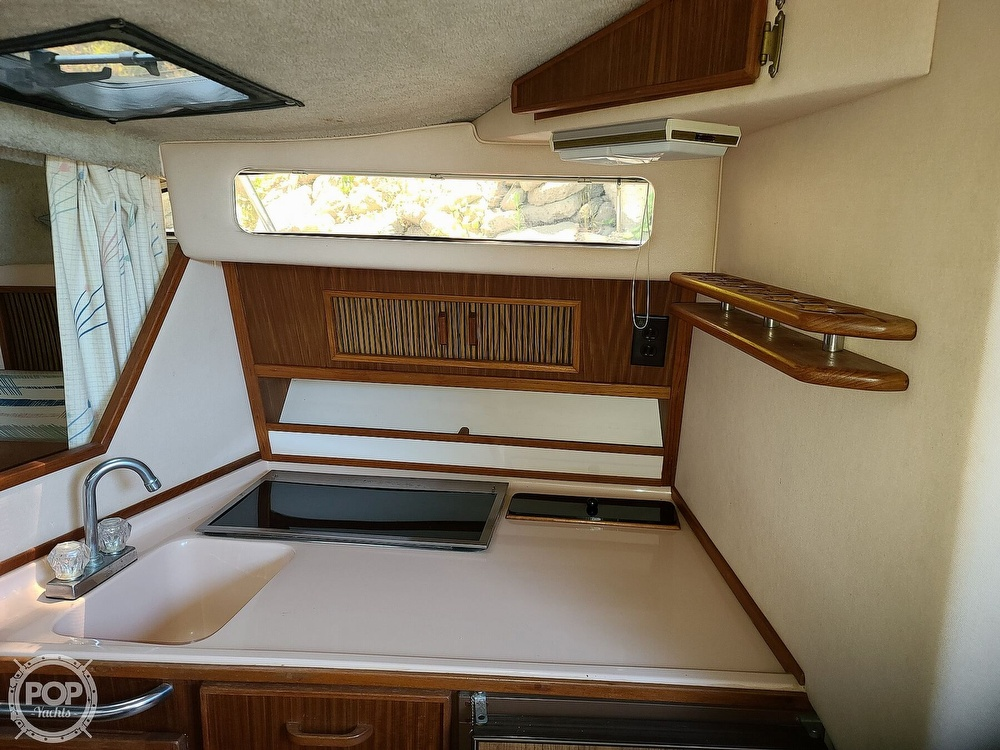 1987 Sea Ray boat for sale, model of the boat is 270 & Image # 34 of 40