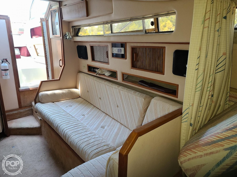 1987 Sea Ray boat for sale, model of the boat is 270 & Image # 39 of 40