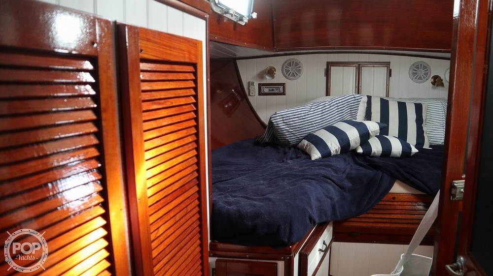 1974 Gulfstar boat for sale, model of the boat is 41 Center Cockpit & Image # 14 of 40