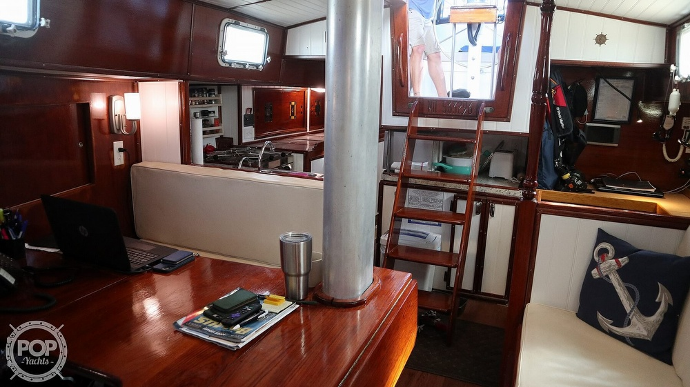 1974 Gulfstar boat for sale, model of the boat is 41 Center Cockpit & Image # 18 of 40