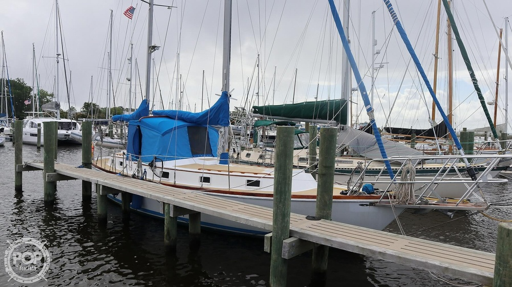 1974 Gulfstar boat for sale, model of the boat is 41 Center Cockpit & Image # 26 of 40