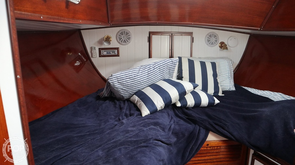 1974 Gulfstar boat for sale, model of the boat is 41 Center Cockpit & Image # 9 of 40