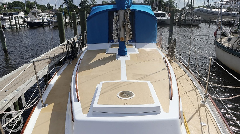 1974 Gulfstar boat for sale, model of the boat is 41 Center Cockpit & Image # 2 of 40