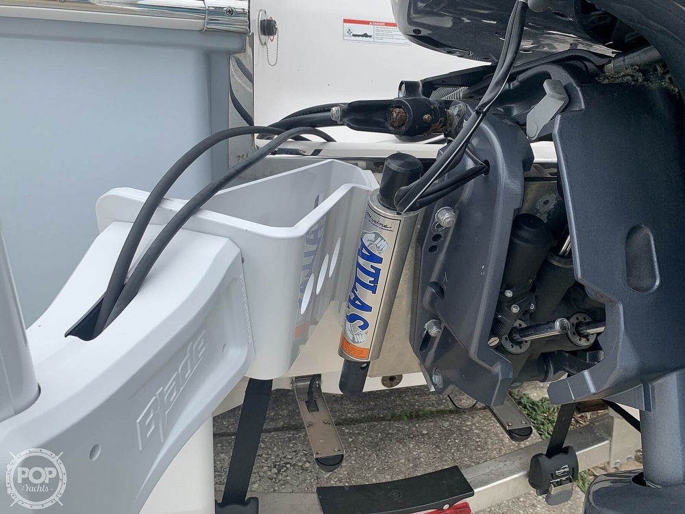 2019 Robalo boat for sale, model of the boat is 226 Cayman & Image # 14 of 40