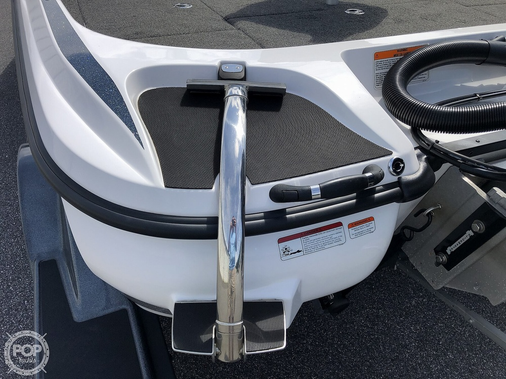 2018 Nitro boat for sale, model of the boat is Z21 & Image # 17 of 40