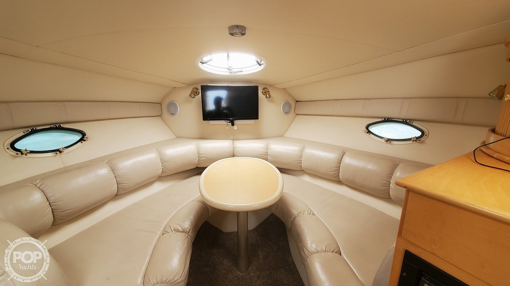 2003 Larson boat for sale, model of the boat is Cabrio 310 & Image # 3 of 40