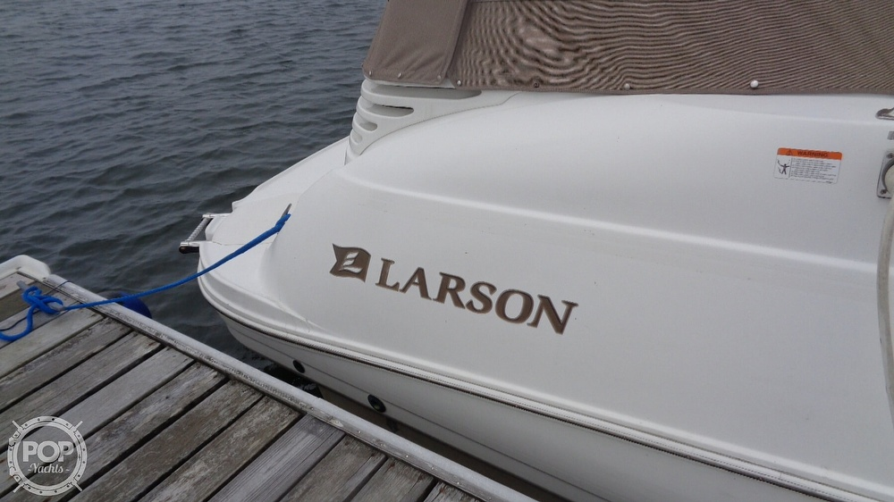2003 Larson boat for sale, model of the boat is Cabrio 310 & Image # 15 of 40