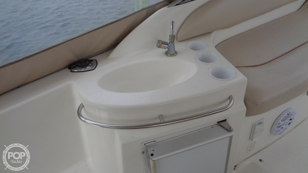 2003 Larson boat for sale, model of the boat is Cabrio 310 & Image # 21 of 40