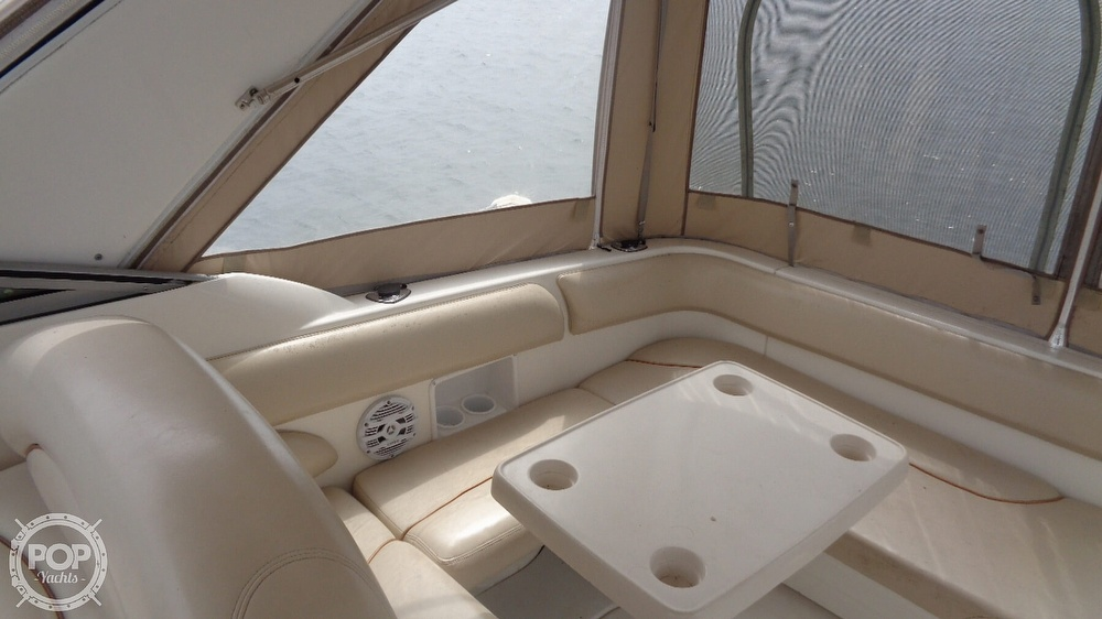 2003 Larson boat for sale, model of the boat is Cabrio 310 & Image # 26 of 40