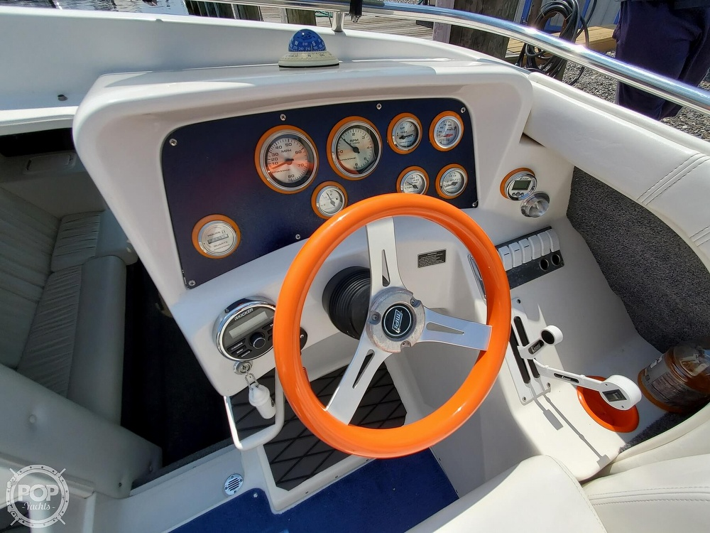 2005 Advantage boat for sale, model of the boat is 27 Victory & Image # 16 of 40