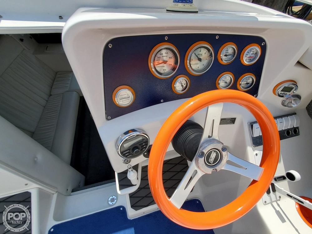 2005 Advantage boat for sale, model of the boat is 27 Victory & Image # 19 of 40
