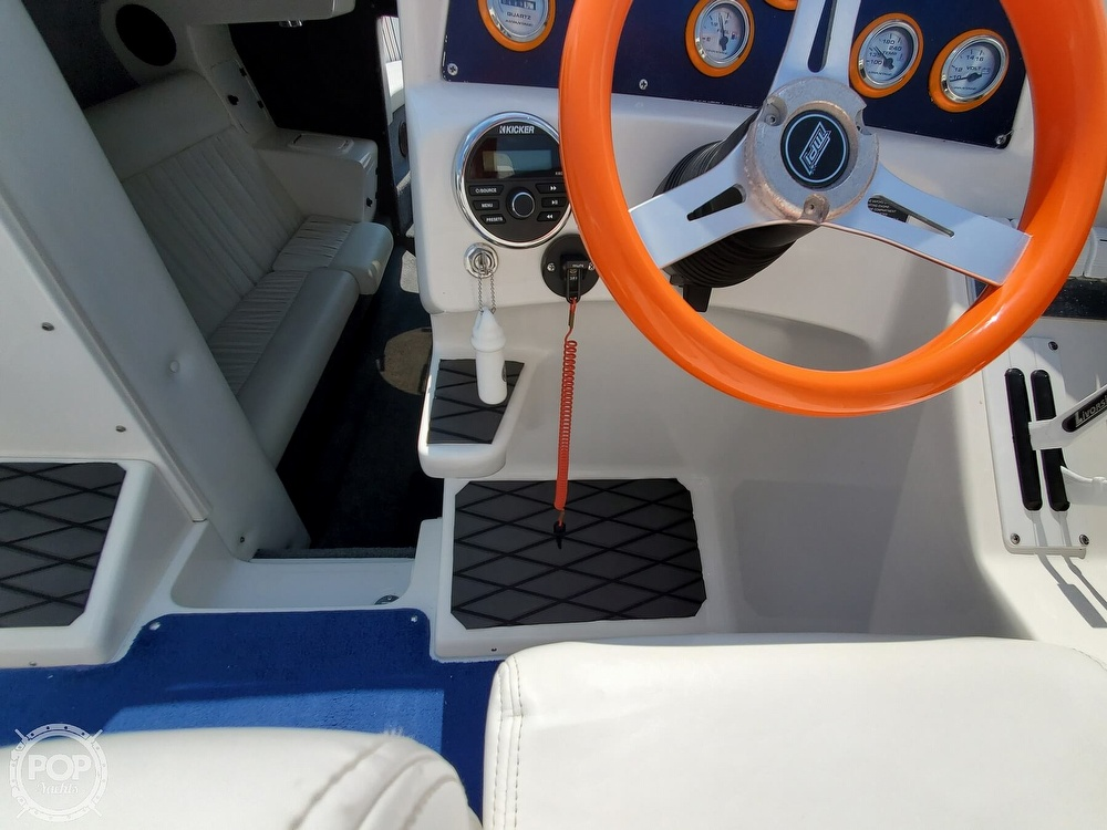 2005 Advantage boat for sale, model of the boat is 27 Victory & Image # 20 of 40