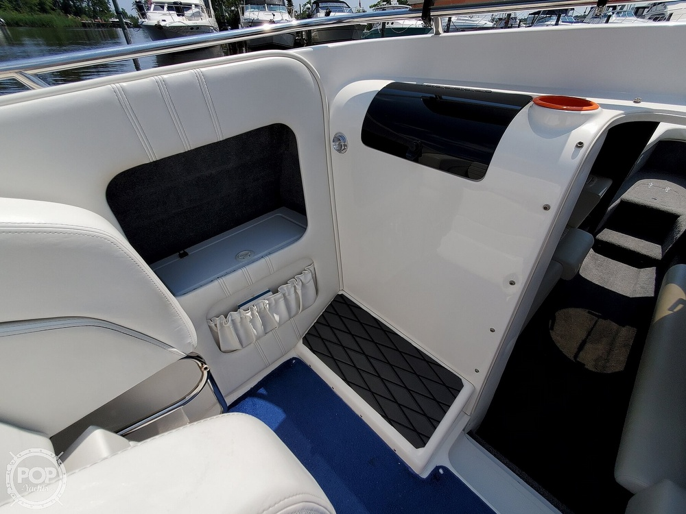 2005 Advantage boat for sale, model of the boat is 27 Victory & Image # 22 of 40