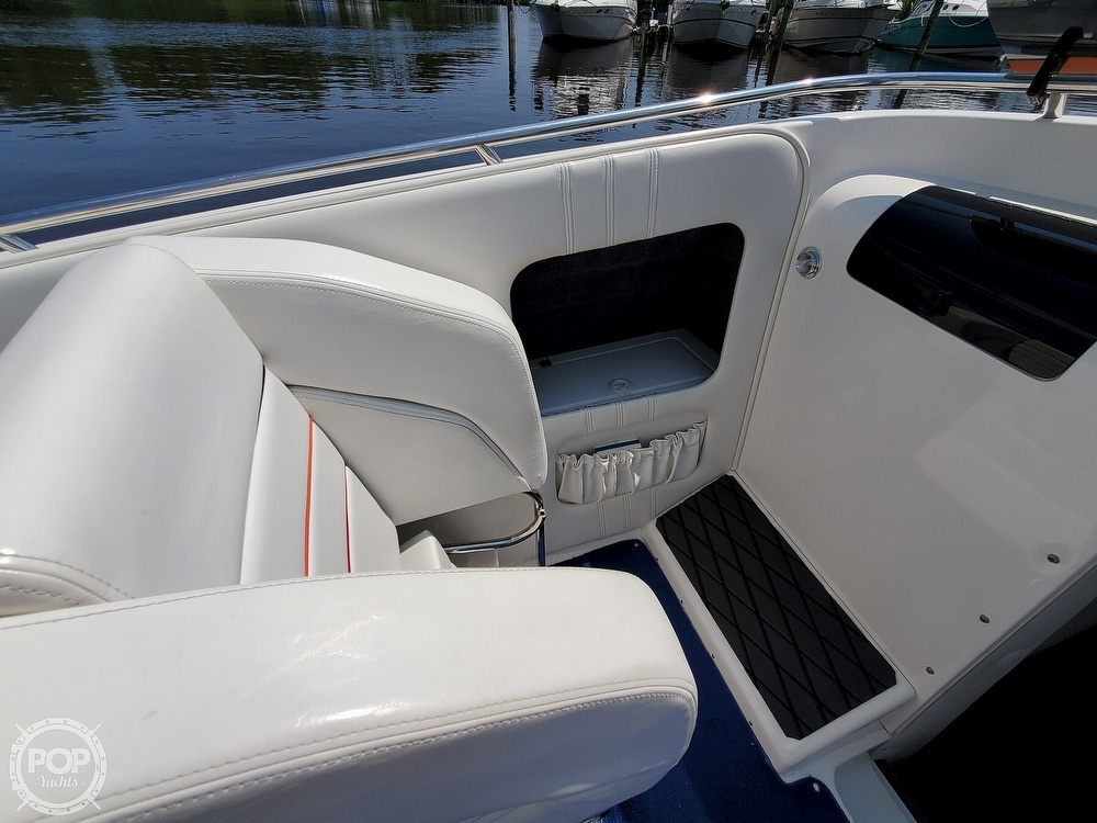 2005 Advantage boat for sale, model of the boat is 27 Victory & Image # 23 of 40