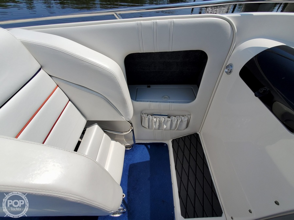 2005 Advantage boat for sale, model of the boat is 27 Victory & Image # 34 of 40