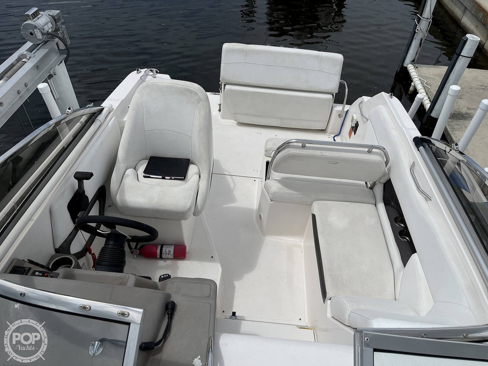 2006 Regal boat for sale, model of the boat is 2565 & Image # 2 of 40