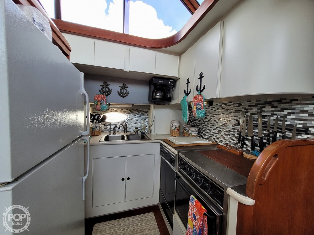 1991 CHB boat for sale, model of the boat is 48 Seamaster & Image # 8 of 40