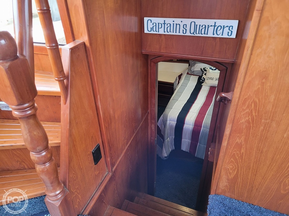 1991 CHB boat for sale, model of the boat is 48 Seamaster & Image # 14 of 40