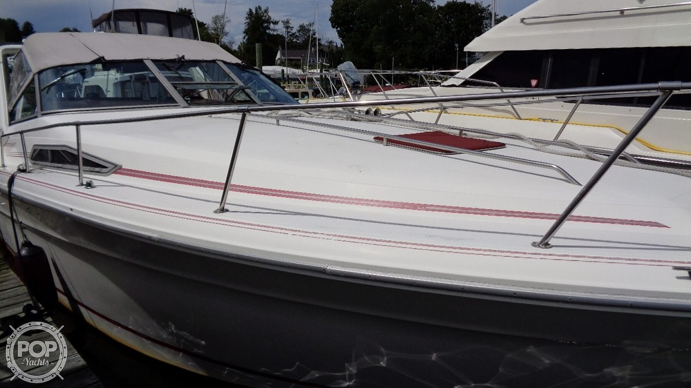 1990 Sea Ray boat for sale, model of the boat is 310 Sundancer & Image # 2 of 40
