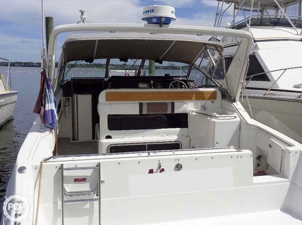 1990 Sea Ray boat for sale, model of the boat is 310 Sundancer & Image # 10 of 40