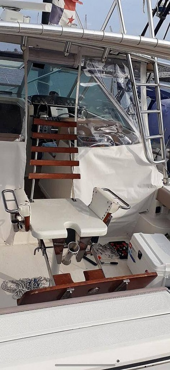1993 Tiara Yachts boat for sale, model of the boat is 3100 Open & Image # 4 of 23