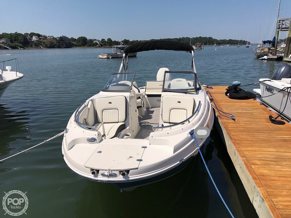 2020 Stingray boat for sale, model of the boat is 231 DC & Image # 2 of 40