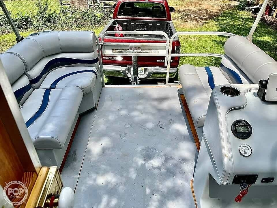 1995 Custom boat for sale, model of the boat is Cabin Tritoon & Image # 13 of 17