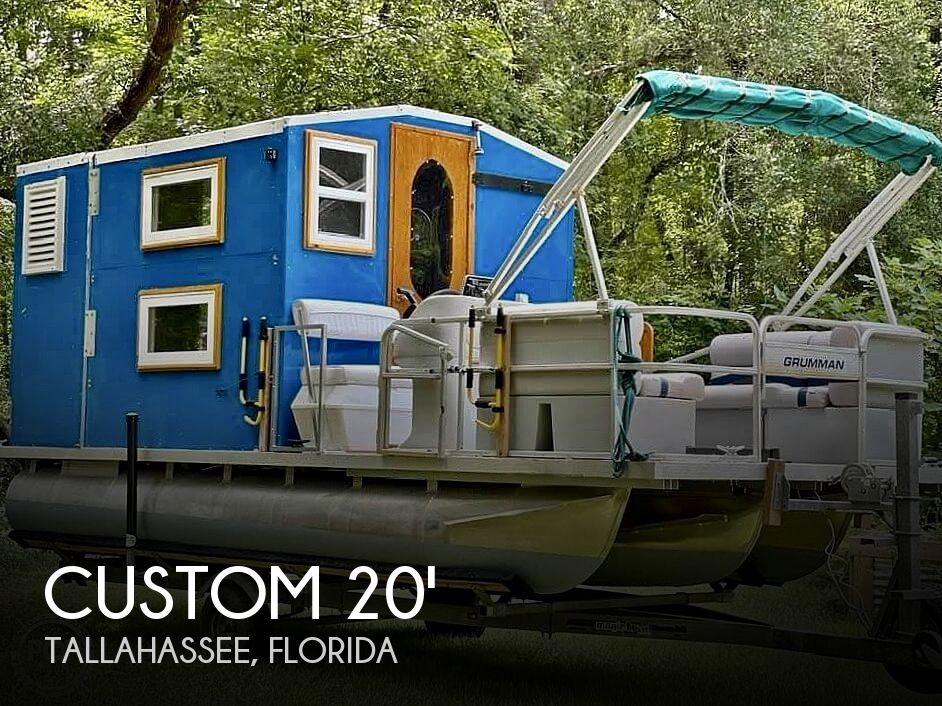 1995 Custom boat for sale, model of the boat is Cabin Tritoon & Image # 1 of 17