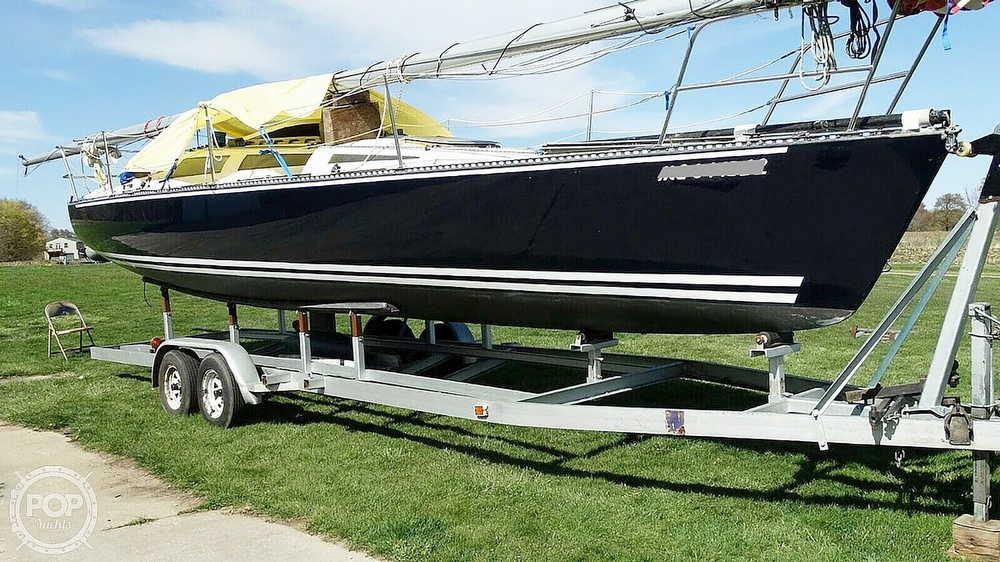 1985 Hobie boat for sale, model of the boat is H33M & Image # 3 of 16