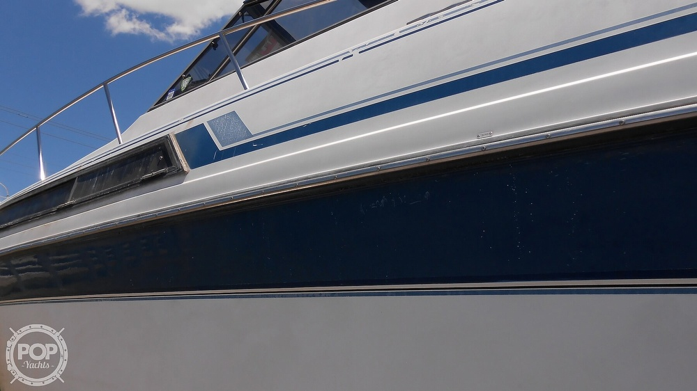 1990 Carver boat for sale, model of the boat is 3557 Montego & Image # 13 of 40
